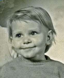 Ein Kinderfoto unserer Autorin Siv